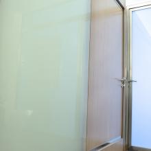 Nel catalogo Di Gregorio: porte pantografate, porte massello, porte di design, porte a scomparsa, scorrevoli e raso muro, e portoni esterni classici per l'entrata principale di una masseria di campagna o un palazzo storico